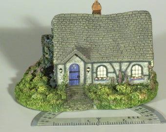Vintage Thomas Kinkade Candlelight Chandler's Cottage