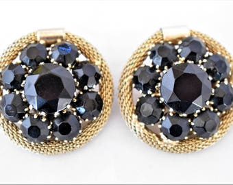 Vintage Geometric Weiss Black Rhinestone Round Circle Cluster Flower Floral Earrings Clip On Signed Mid Century Retro Costume Jewelry