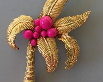 Vintage coconut tree hat clip
