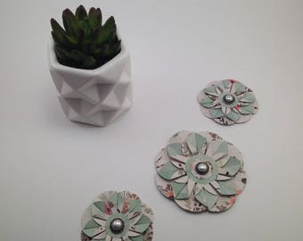 Hand Crafted Flowers, Paper Embellishments, Decorations, Design, Gift Tags, Gift Decorations,