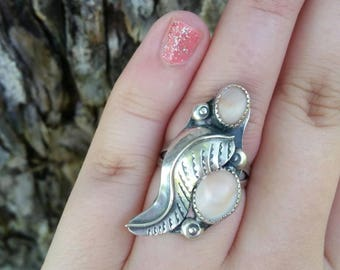 Vintage Sterling Silver Mother of Pearl Ring