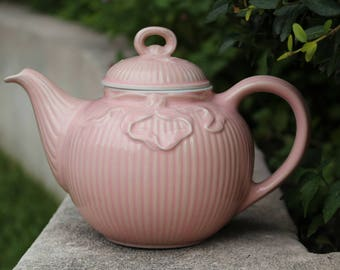 Rare Pink Ribbon Hall USA Teapot - Collectible American Pottery - Beautiful Ribbon Embellished Ridged Textured Design - Excellent Condition