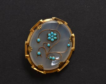 Victorian turquoise chalcedony 15 ct gold flower brooch