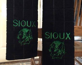 4 UND Sioux fighting sioux pool/billiards towels Fighting Sioux UND