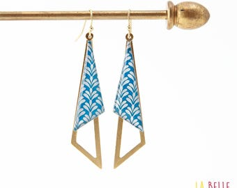 Earrings are made of resinees blue art deco pattern