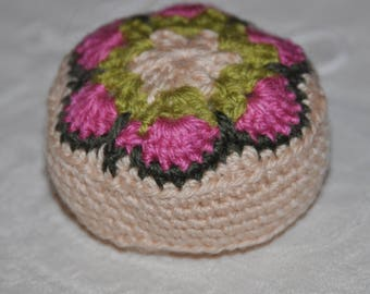 Quilted flower granny crochet 2 needles