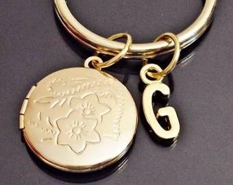 Great Design locket   personalized  initial keychain /u1