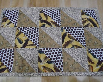 Placemats,Handmade Placemats,Set of 4 Placemats,Feathers Placemats,Quilted Placemats,Brown Placemats,Gold Placemats,Brown Kitchen Placemats