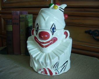 McCoy Clown Bust Cookie Jar/Nelson McCoy Clown Bust Cookie Jar