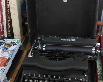 Remington typewriter, 1941s Remington Quiet Model 1 typewriter, Portable typewriter, Vintage typewriter, Noiseless Remington typewriter