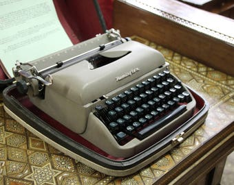 Remington typewriter, 1950s Remington typewriter, Portable typewriter, Vintage typewriter, Travel-riter Remington typewriter, Typewriter