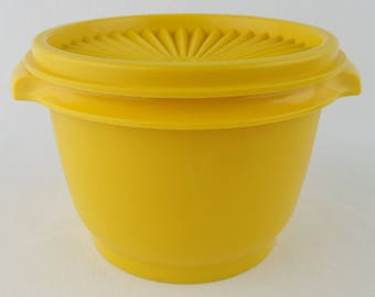 TUPPERWARE VINTAGE YELLOW, grandmas storage containers, kitchen storage, groovy 1970s colors, bright yellow 103
