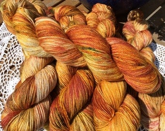 4ply SWM with Nylon and bronze stellina Tiger Lily