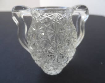 Free Shipping in USA Gift For Collector Of Miniatures Crystal Vase  2064