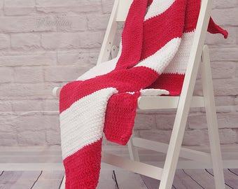 Crochet afgan blanket, baby blanket, white and pink blanket