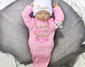 Baby Girl Gown,Newborn Girl Coming Home Outfit,Baby Girl Coming home Outfit,Newborn Girl Gown,Baby Girl,Hospital Baby Gown,Custom Name