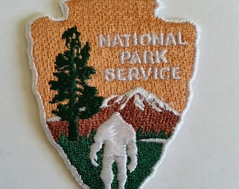 BIGFOOT SASQUATCH National Park Service Embroidered Patch Applique Embellishment Iron on & Sew on