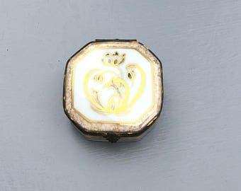 Limoges porcelain vintage trinket box, white and gold box,French porcelain trinket box,Vintage porcelain trinket box,Hinged trinket box