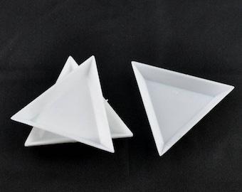 Box triangle acrylic 64 x 73 mm