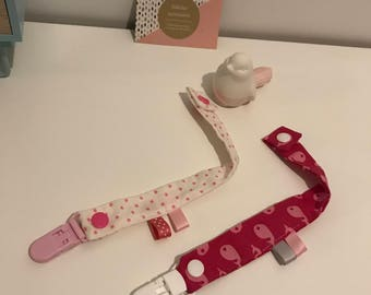 Set of two clips for Pacifiers