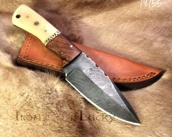 Handmade damascus steel blade hunting knife and fixed blade. 14.155