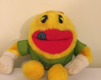 Vintage Pac-Man toy, pac man plush doll, 1980s pac-man