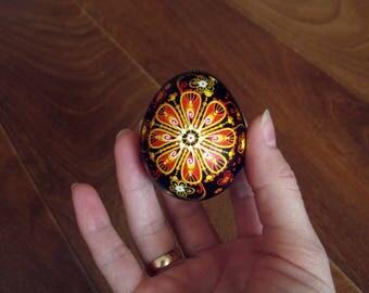 Hand painted Easter eggs.Pysanka.Ukrainian real Easter eggs.Batic eggs.Chicken pysanka.Ukrainian eggs.Free shipping.