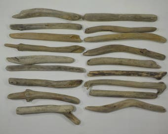 18 Small Driftwood Sticks 6.3-8.3''/16-21 cm,Aged Small Driftwood , Beautiful Shaped Driftwood Sticks,Decorative Small Driftwood Pieces #48S