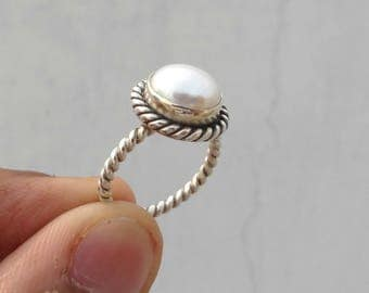 Pearl ring,92.5% sterling silver ring, silver Pearl ring, 925 solid sterling silver ring, fresh water pearl ring, women's ring handmade ring