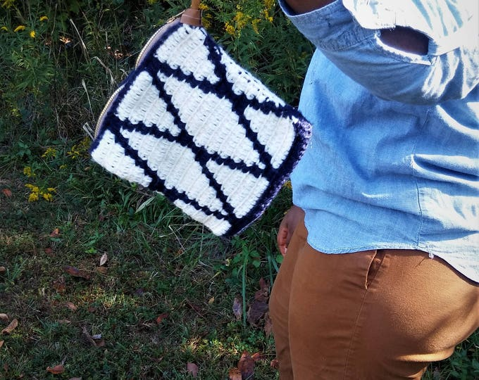 Navy Blue and Beige Tapestry Crochet Wristlet bag (CHOOSE YOUR COLORS)