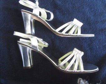 Vintage Italian ALL leather Silver strap sandals AMALFI by RANGONI-9 N-Orig Box