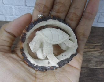 Pendant Necklace 3D Turtle from Deer Antler Carved with Silver Bail_z498