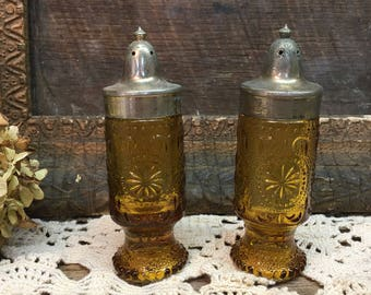 Vintage American Concord Salt & Pepper Shakers/Amber Glass/Brockway Glass Co