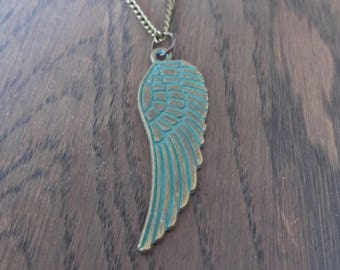 Necklace angel wing