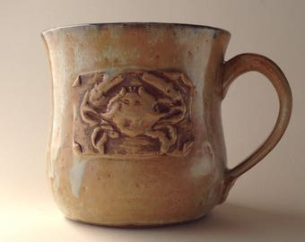 17 ounce Oooops. Antique White Crab Ceramic Mug!