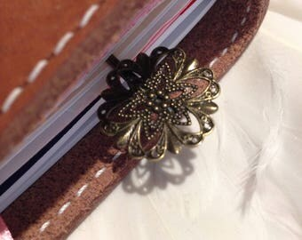 Gorgeous ANTIQUE BRONZE FLOWER BookMark suitable for Travelers Notebooks, Planners, and Journals.