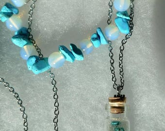 Turquoise Howlite Bottle Necklace and Stretch Bracelet Gift Set