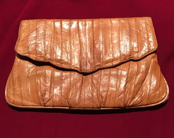 Vintage 80's Leather of the Sea Clutch
