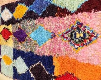 Vintage handmade Moroccan Berber Rug Azilal Beni BeniOurain Boucherouite Rugs