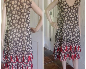 1920's Cotton Summer Dress Retro Print and scallop on bottom of dress edged in red .