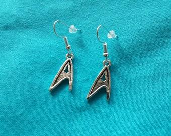 Star Trek Badge Earrings command