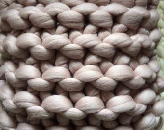 Classic Square Chunky Knit Cushion - Decorative Throw Cushion - Merino Wool Cushion - Knitted Cushion - Throw pillow Cushion