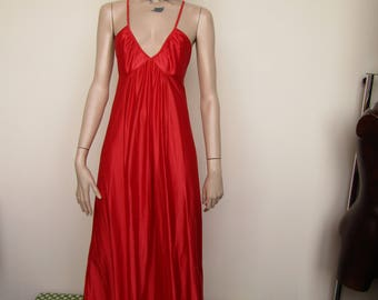 Gorgeous strappy red vintage Maxi Dress slip by Dorothy Perkins - Size 10-12