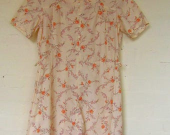Lovely peachy floral day dress - size 16