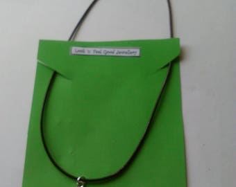 Necklace leather with pendant