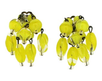 1950s Yellow Glass Bead Vintage Earrings