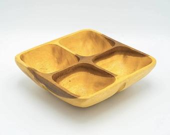 Vintage  wooden bowl, serving bowl, wooden platter, craft, hand made bowl, carved wooden bowl, wooden snacks bowl, hors d'oeuvre bowl