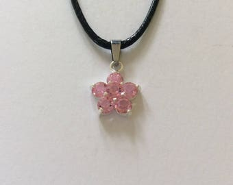 Pink flower necklace / flower necklace / flower jewellery / pink jewellery