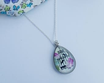 Vintage Style Birdcage Teardrop Resin Pendant Necklace