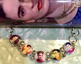 Frida Kahlo Bracelet / Frida jewelry / famous art Frida bracelet / chain & link bracelet with 5 glass cabochon portraits /adjustable size